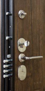 Металлическая дверь Выбор 8 изнутри